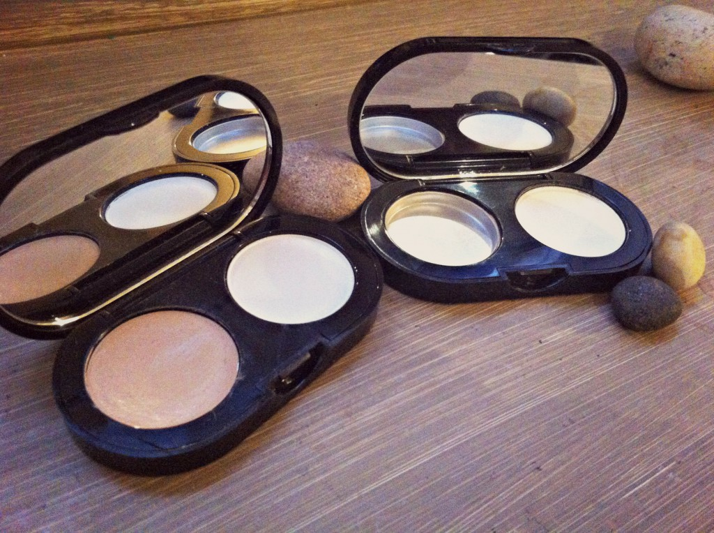 Bobbi Brown Creamy Concealer Kit - click for BOTB post