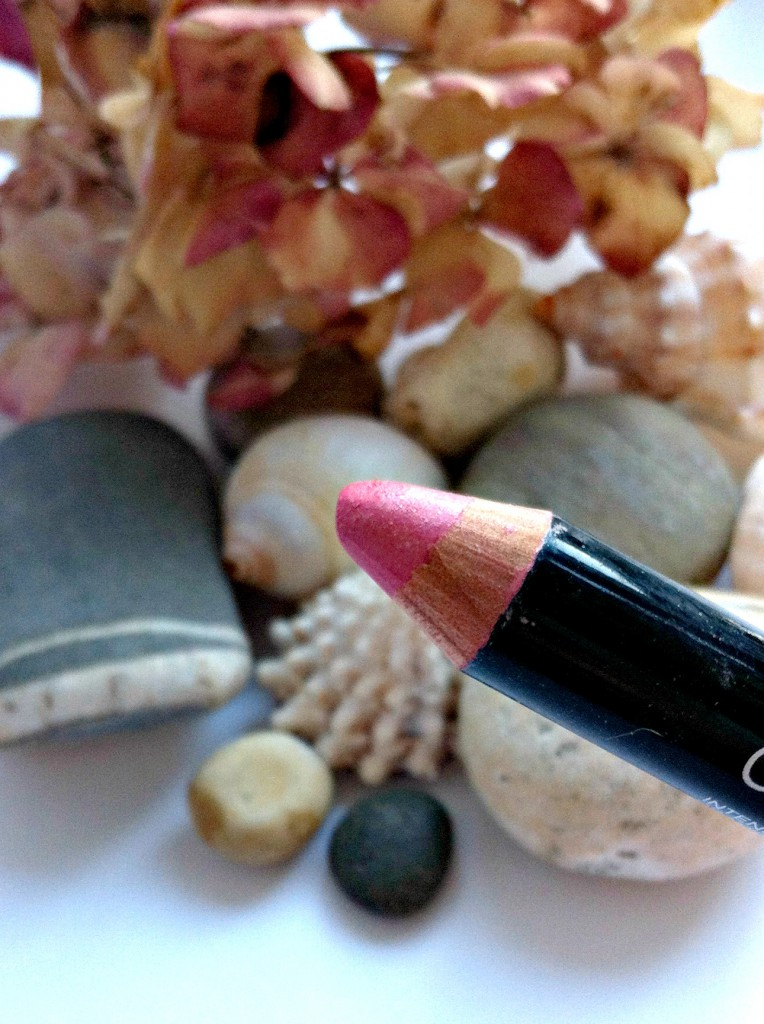 Maybelline Color Drama Lip Pencils Minimalist