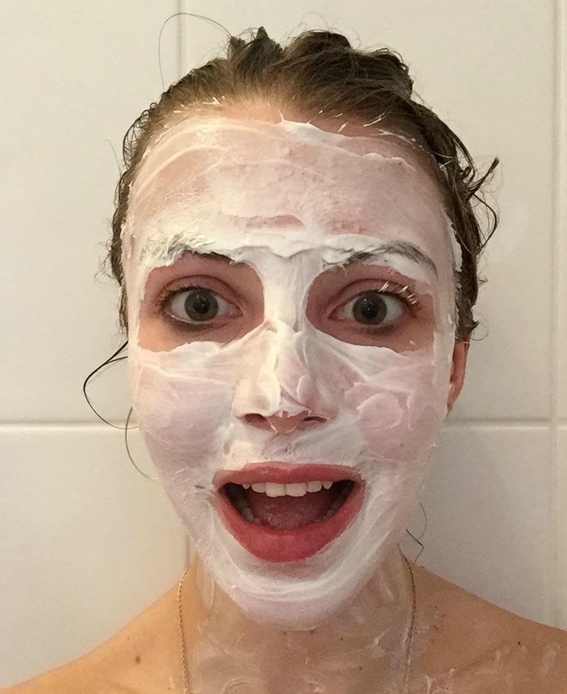 Montagne Jeunesse Creamy Coconut Face Mask Selfie