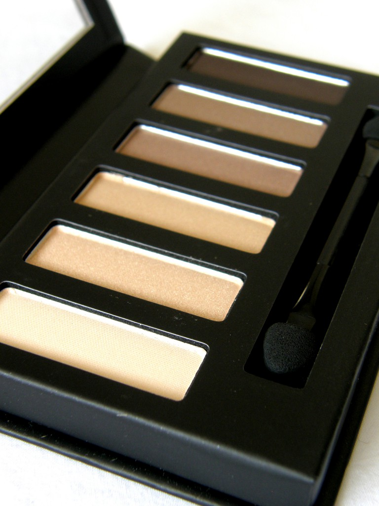 Eyes Uncovered Nude Palette - open