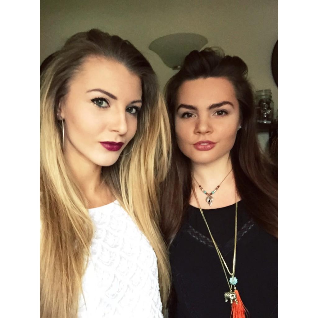 Berry Lips Selfie