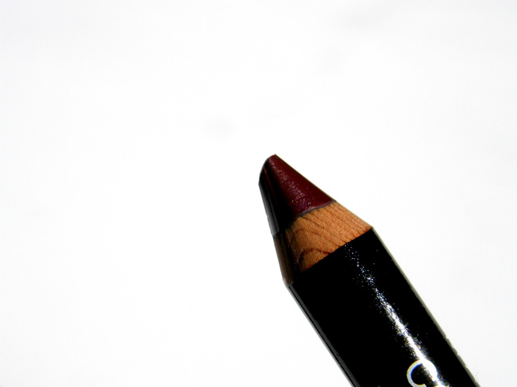 Berry Lips: Maybelline ColorDrama Lip Pencil in 310 Berry Much