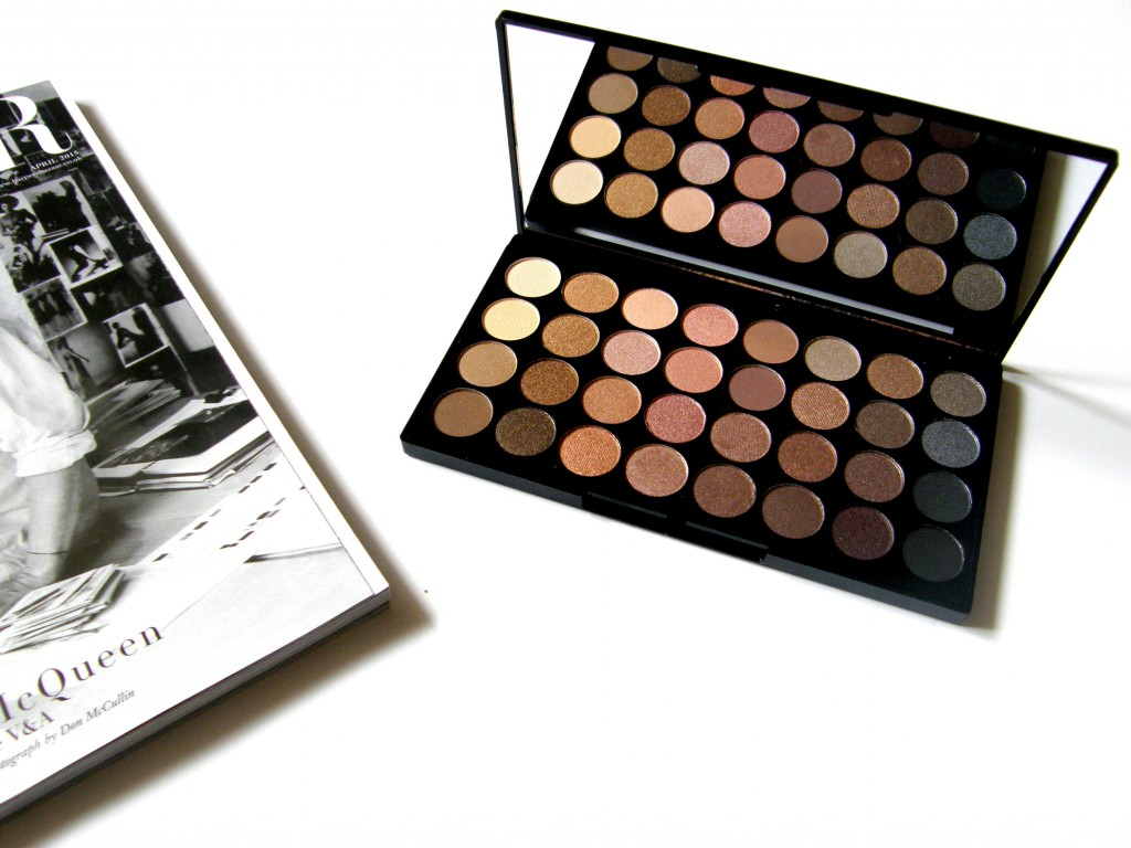 Makeup Revolution Haul Beyond Flawless Eyeshadow Palette