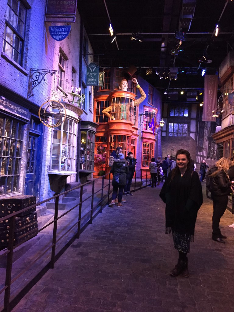 Warner Bros Studio Tour - The Making of Harry Potter Diagon Alley